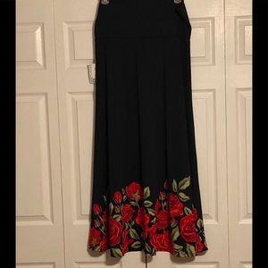 NWT - LuLaRoe Black Skirt w Floral Border - 2XL